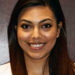 Su Clinica dentist, Natalie Garza, D.D.S.